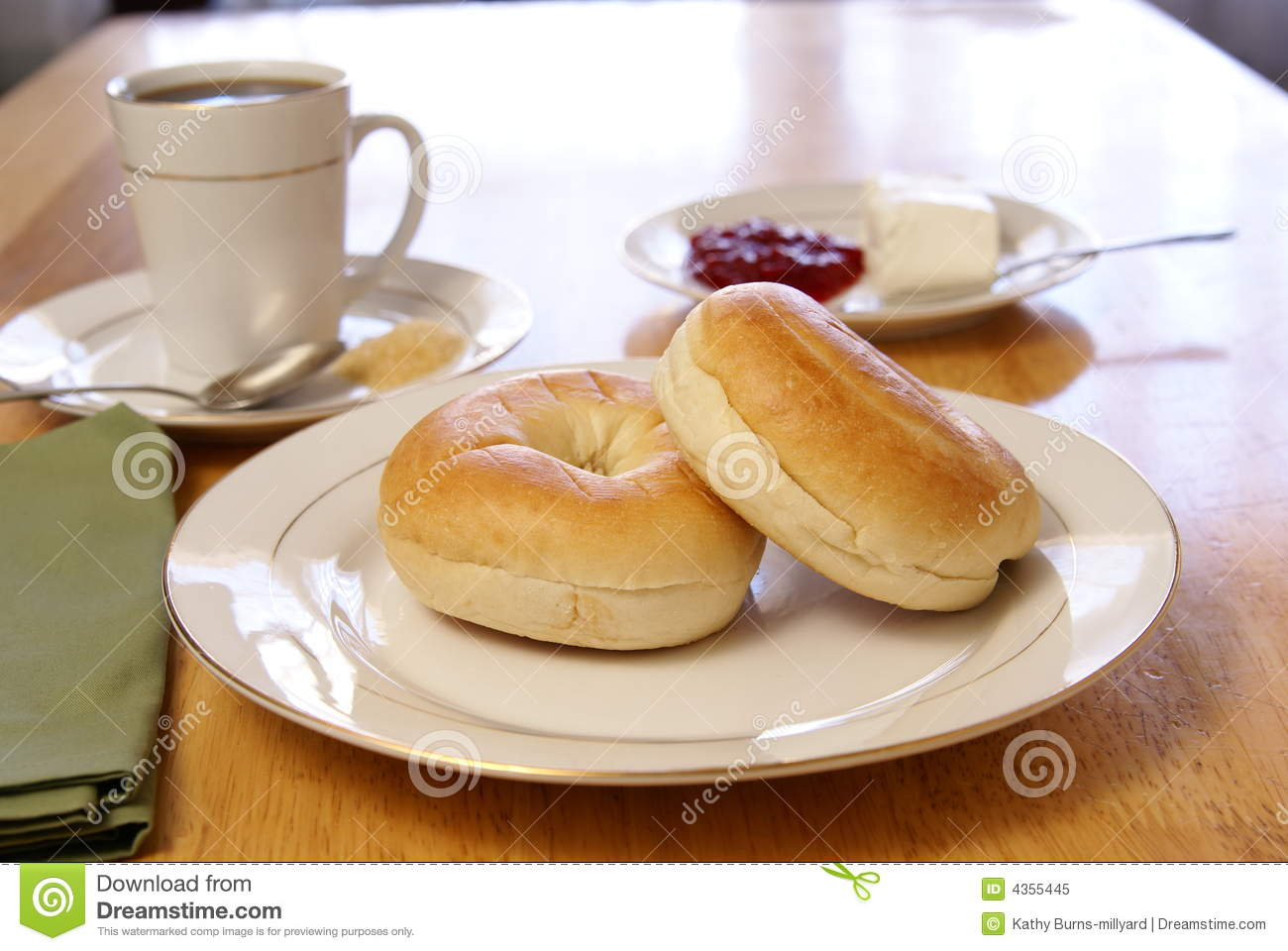 Breakfast Bagels