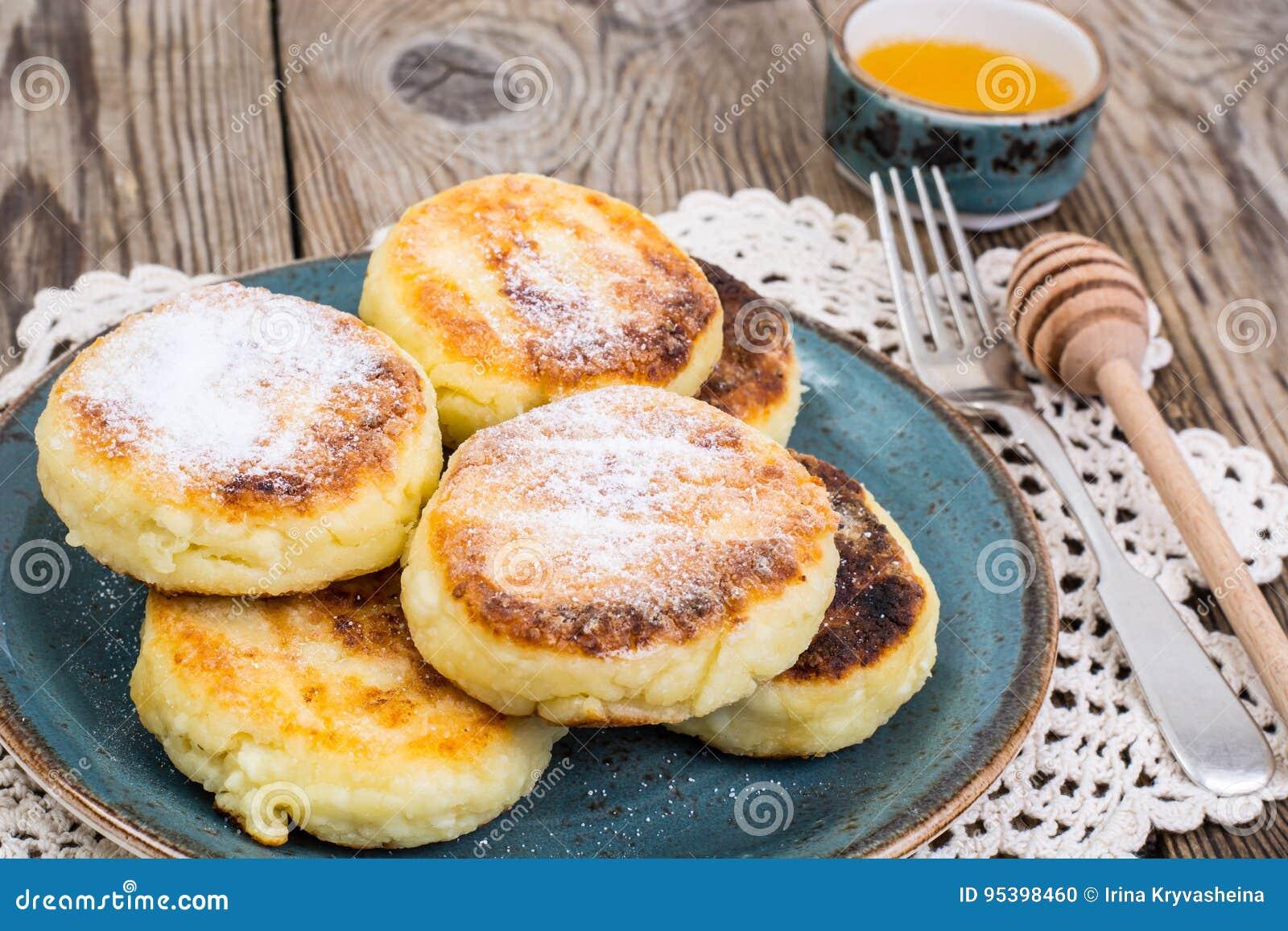 Breakfast. Russian Tra...