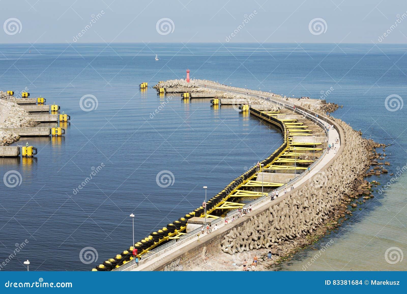 Breakwater Structure