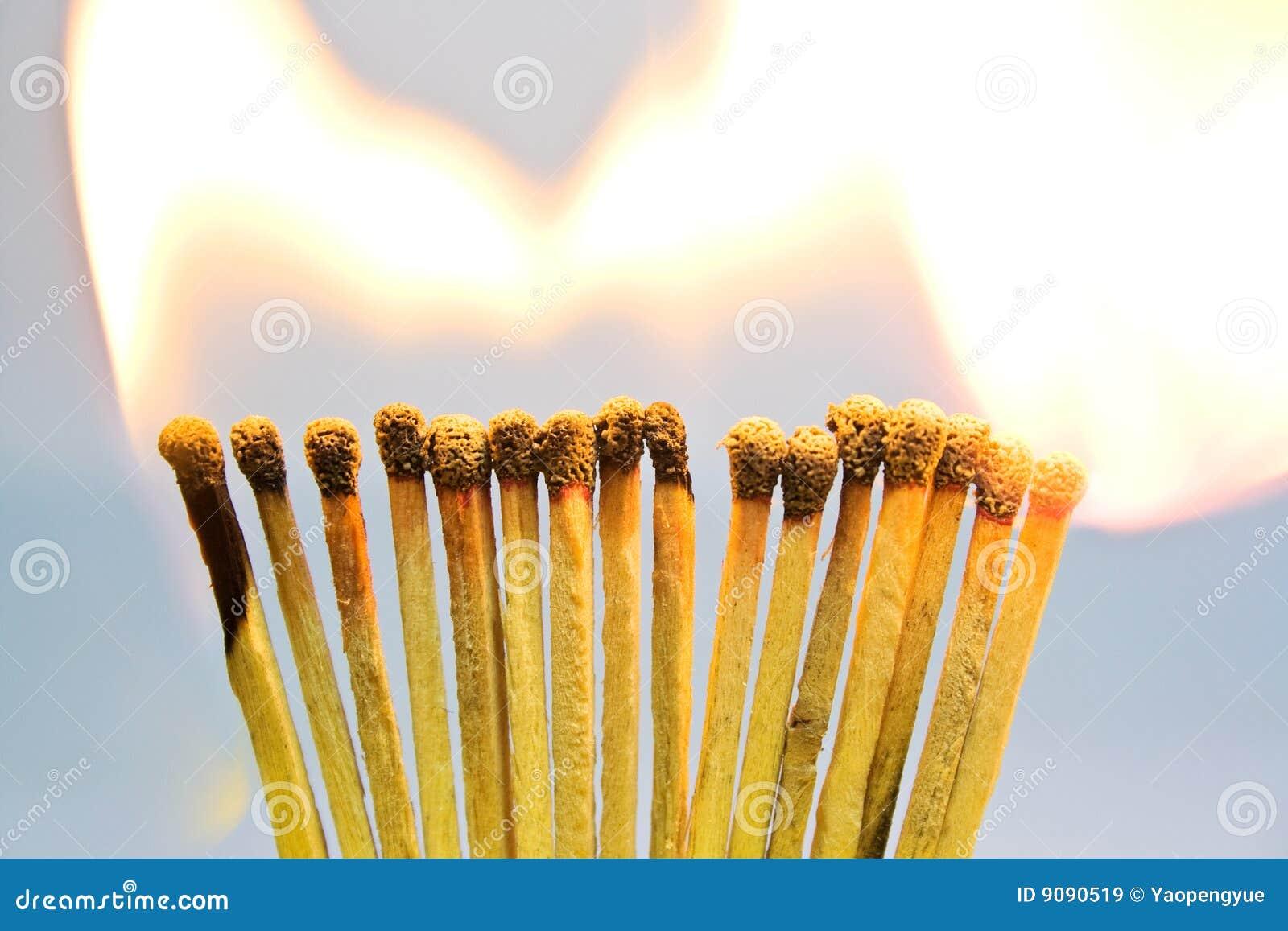 Brennender Abgleichunghintergrund