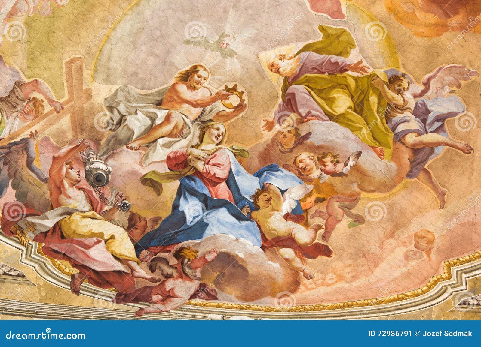 BRESCIA - Kröning av den jungfruliga Mary freskomålningen på valv av presbyteriet av den Sant Afra kyrkan Antonio Mazza e Carlo I