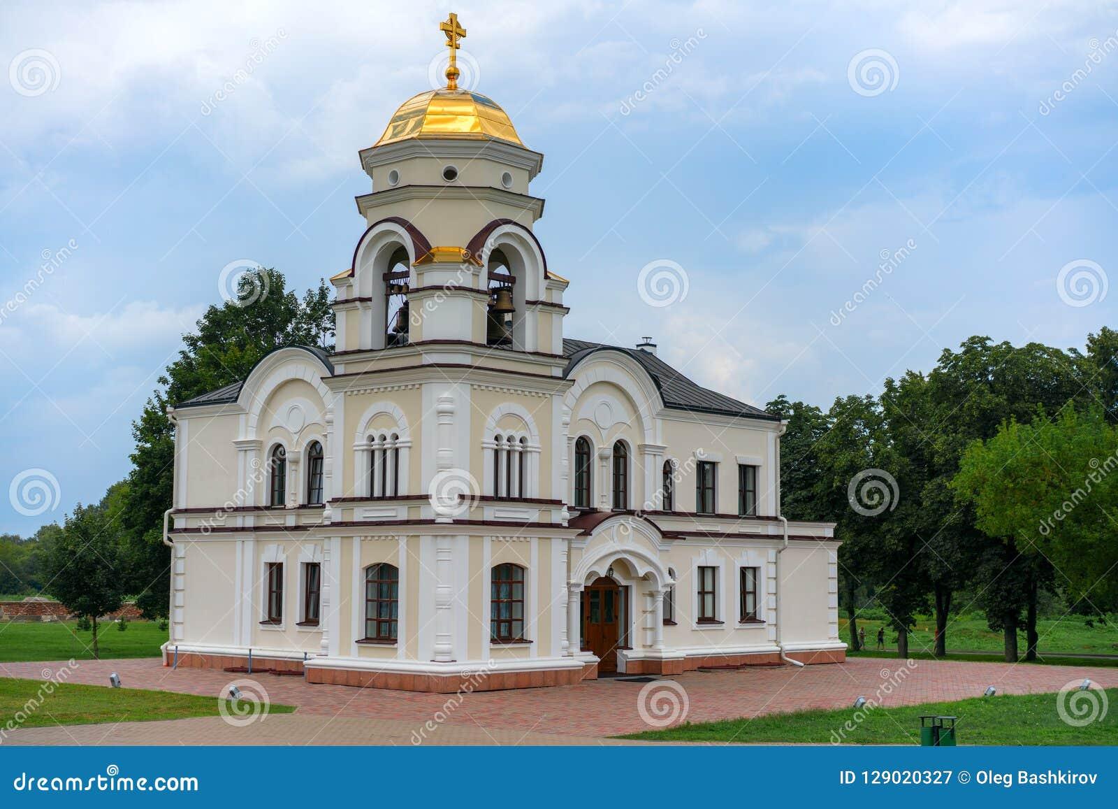 BREST, BELARUS - 28 JUILLET 2018 : Saint Nicholas Cathedral Svyato-Nikolaevskiy Sobor dans le mémorial de forteresse de Brest