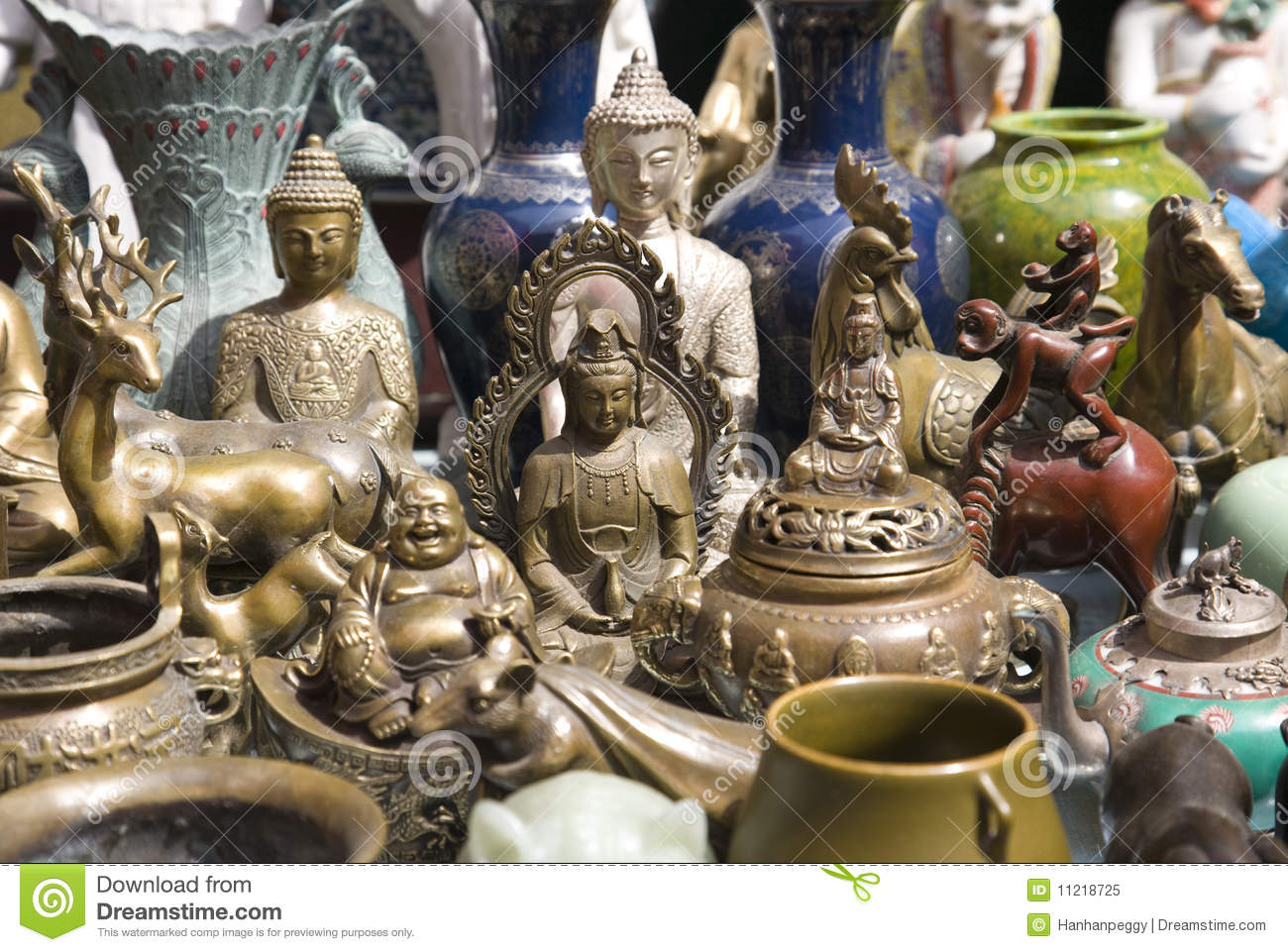 Bric a brac market stall royalty free stock photo image 11218725 - Broc a brac 51 ...