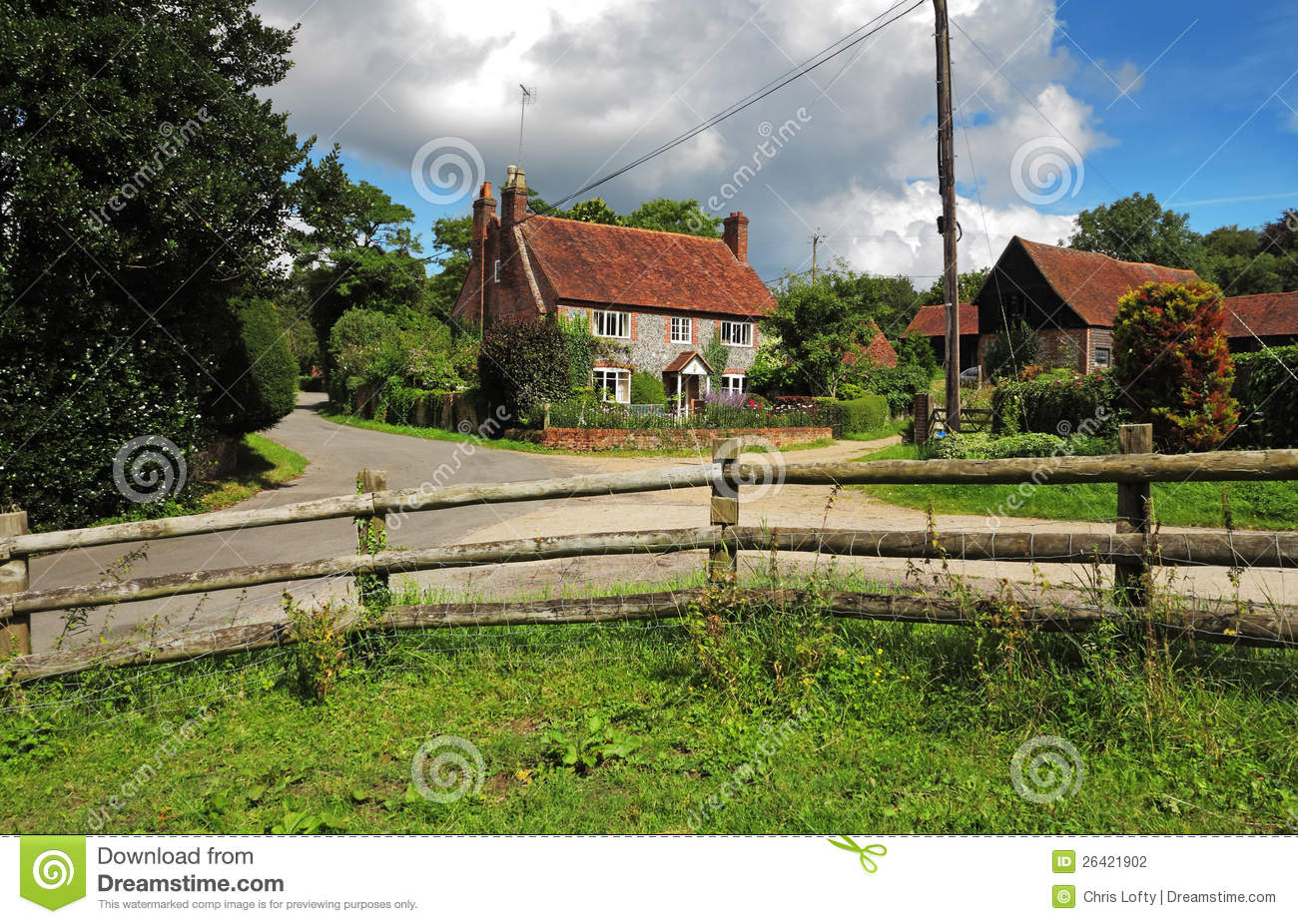 Brick And Flint English Farmhouse In The Hambleden Valley Stock graphy Image