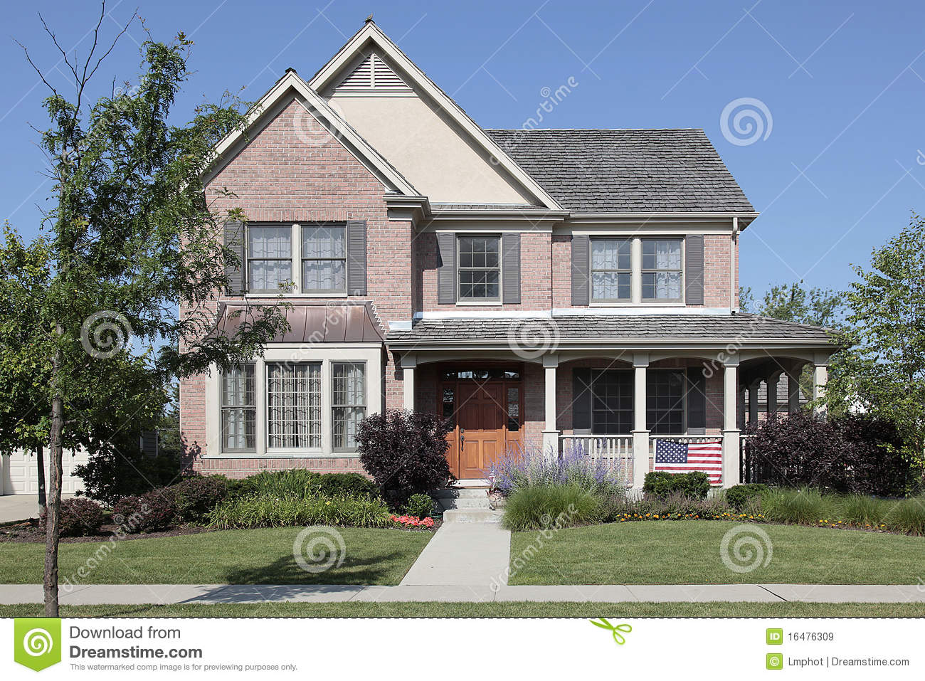 Brick Home With Front Porch Royalty Free Stock Images