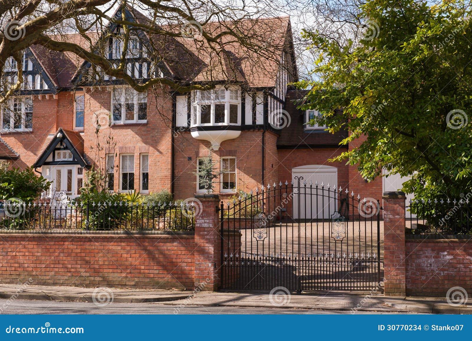 Brick house s gateway