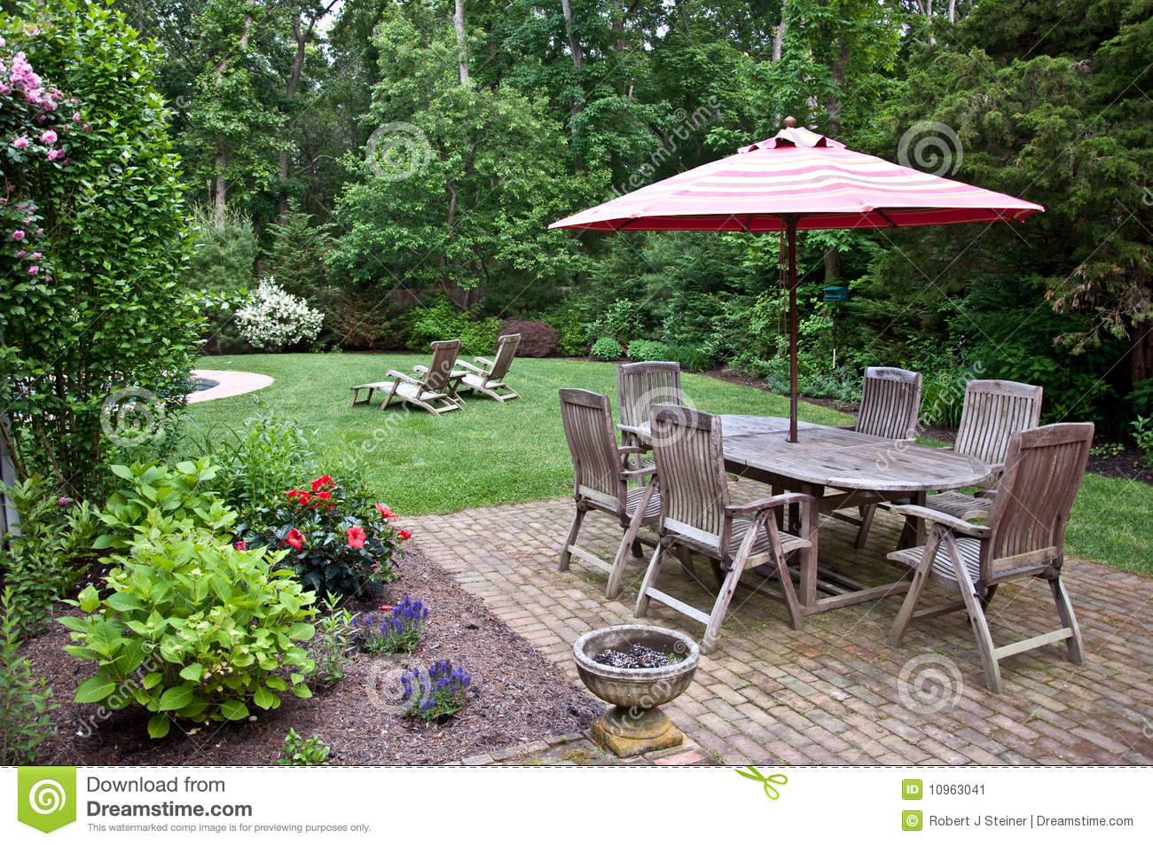 brick patio stock image image 10963041
