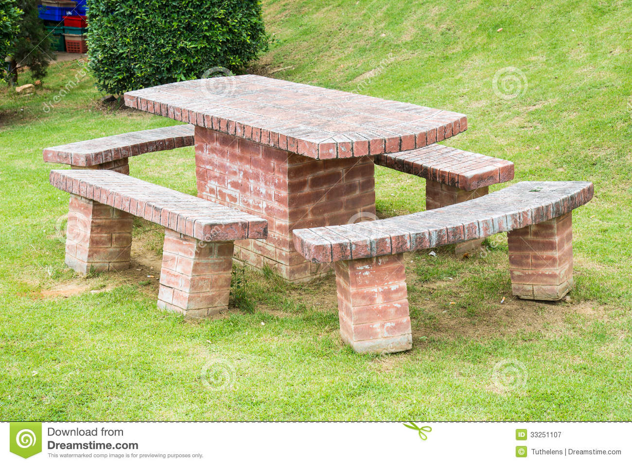Attractive Brick Table And Chairs