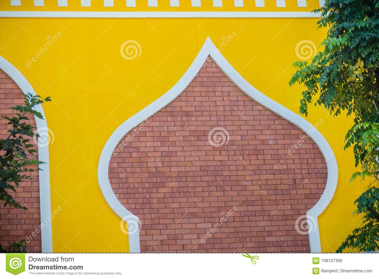 Brick Wall Decoration That Plastering And Yellow Painted. Red Brick ...