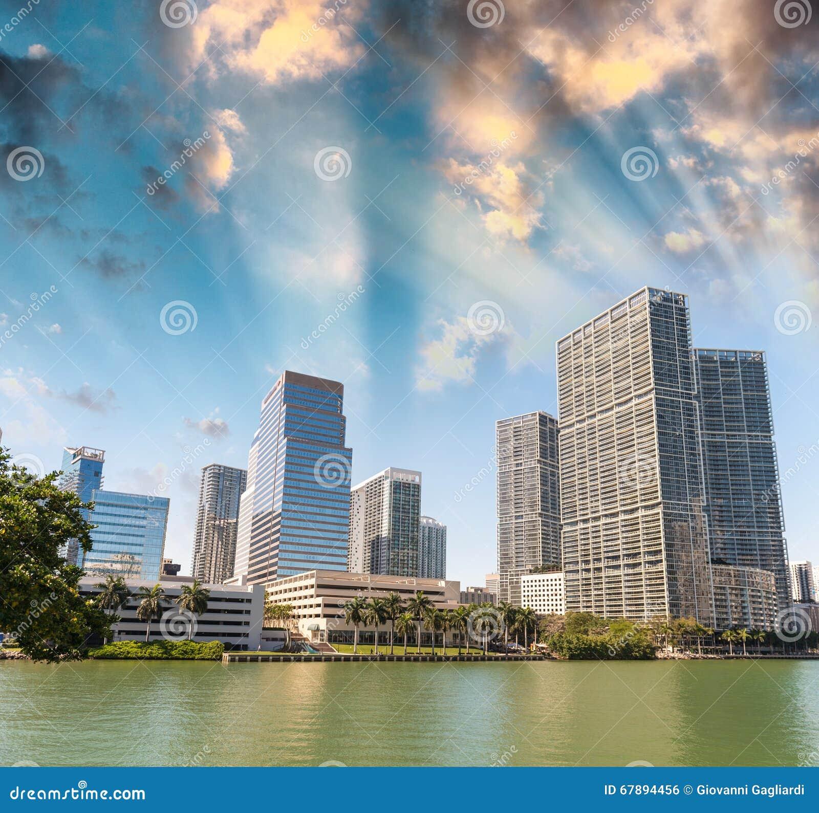 Brickell钥匙,迈阿密- FL美好的地平线