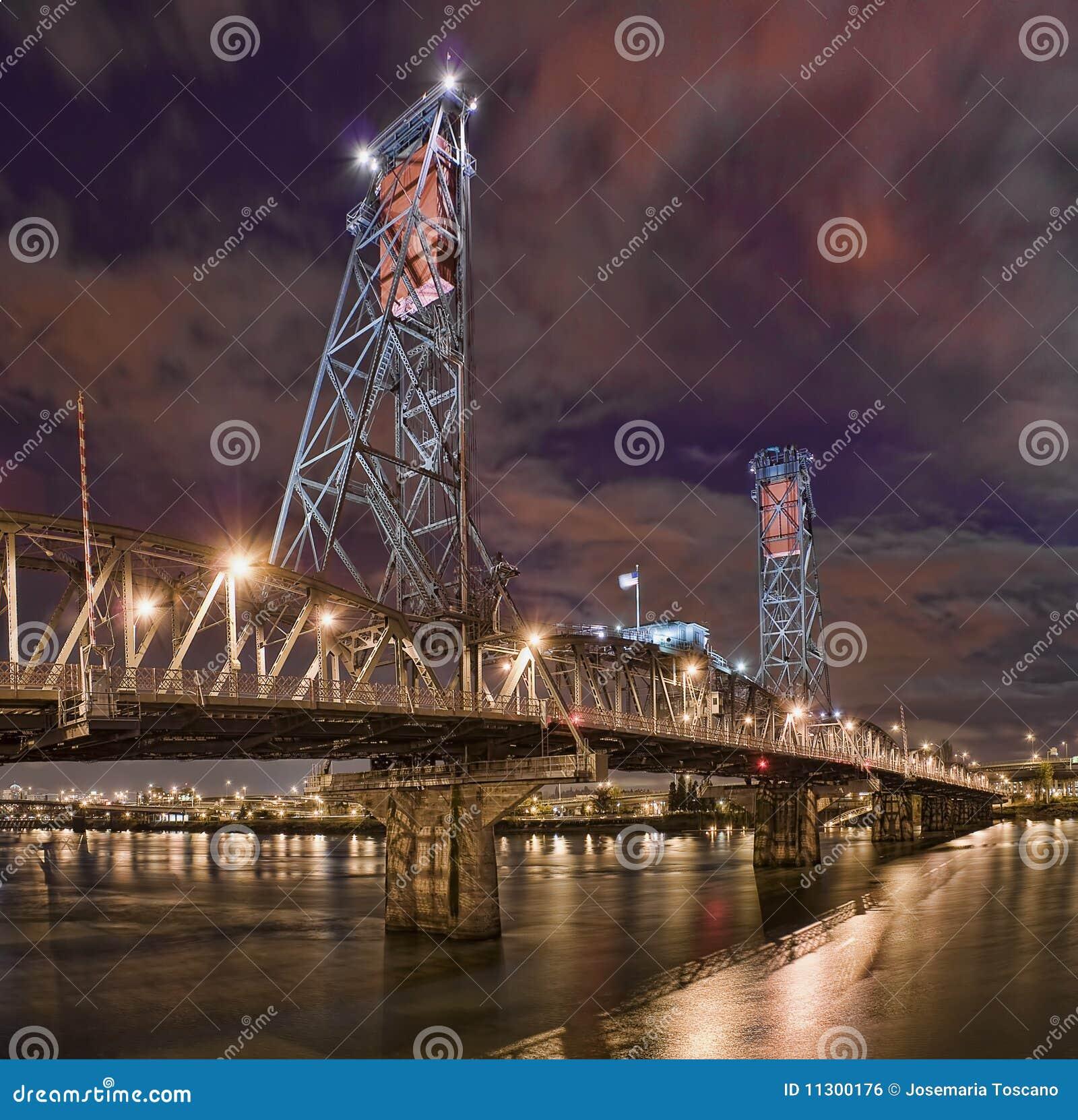 Bridżowa noc Oregon Portland sceny stal