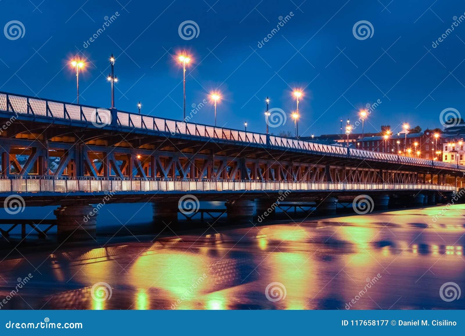 Bridżowa ulica Derry Londonderry Północny - Ireland zjednoczone królestwo