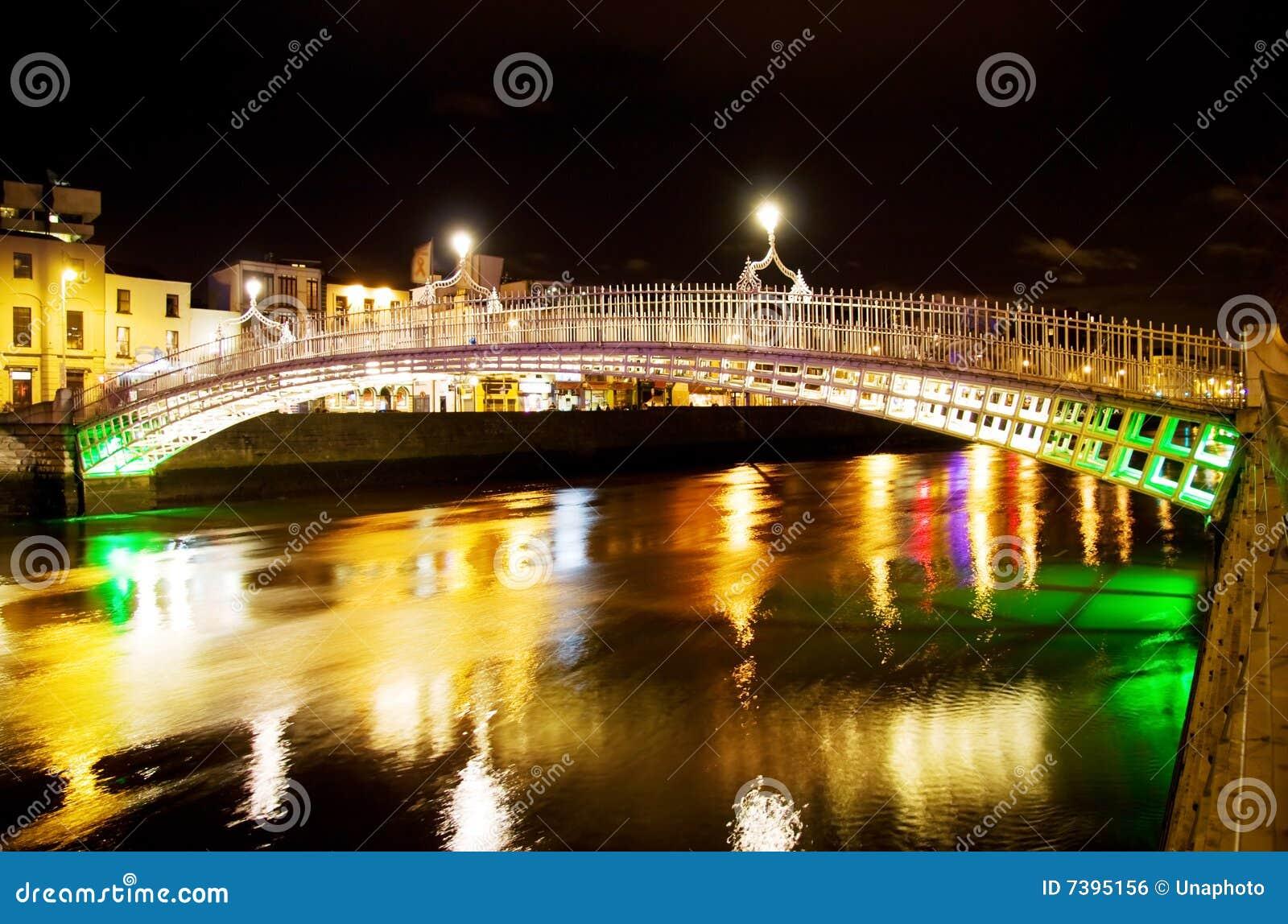 Bridżowy Dublin brzęczeń noc cent