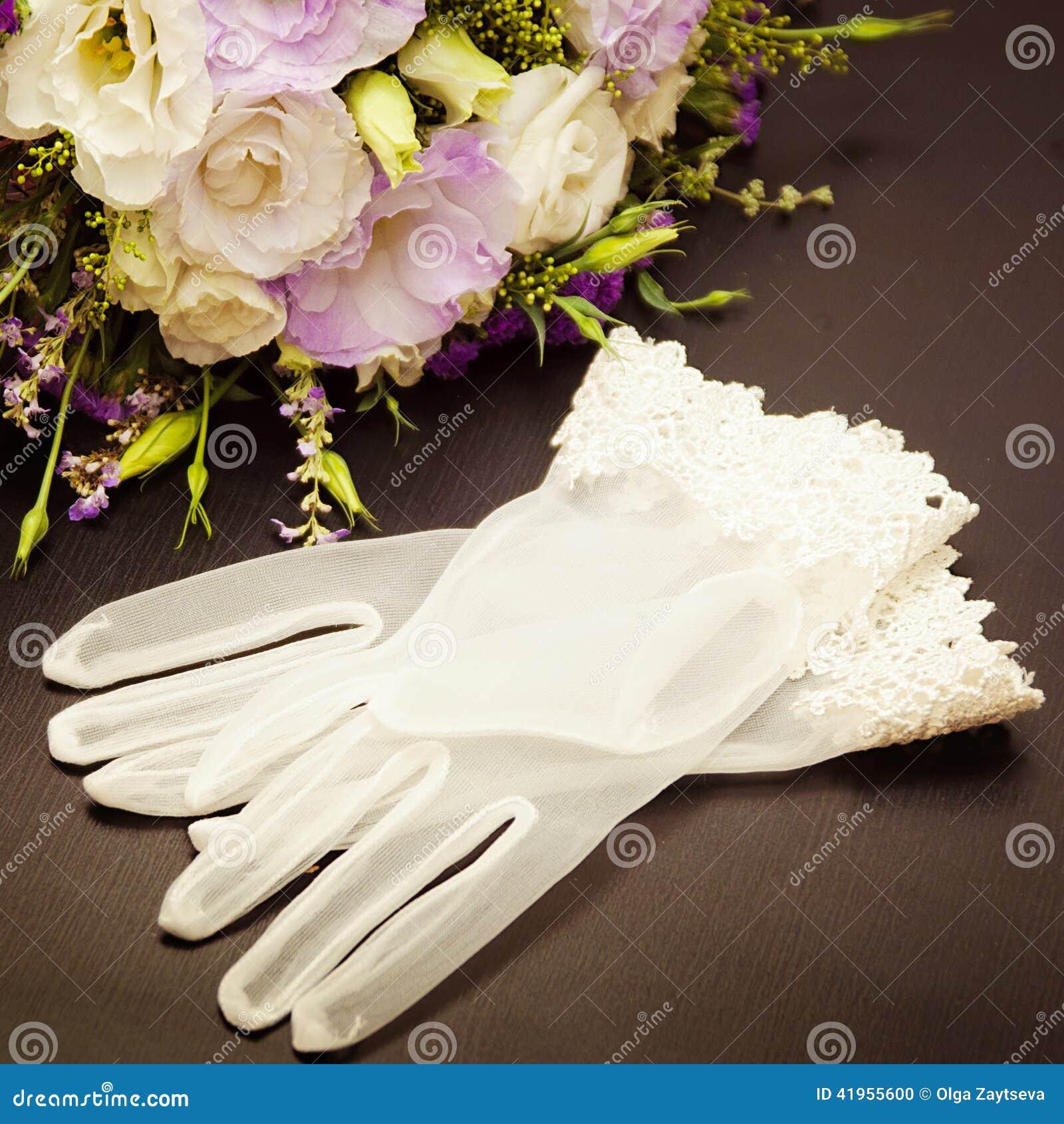 Bridal rękawiczki