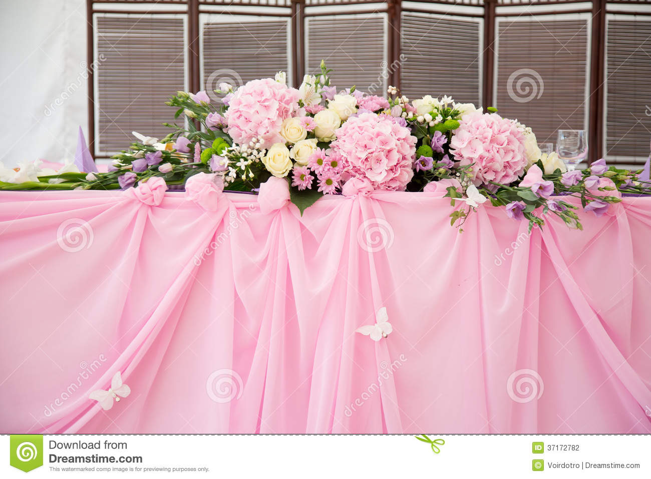 Pink Wedding Bridal Table Decorations Stock Photo - Image of creases ...