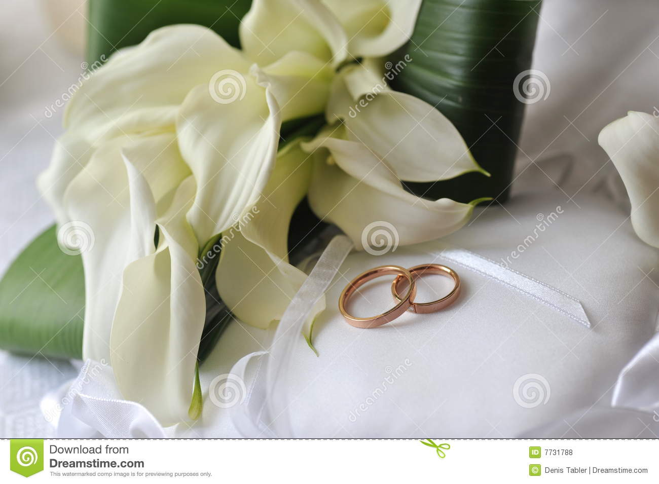 wedding bouquet ring rings weddings photos easy articles