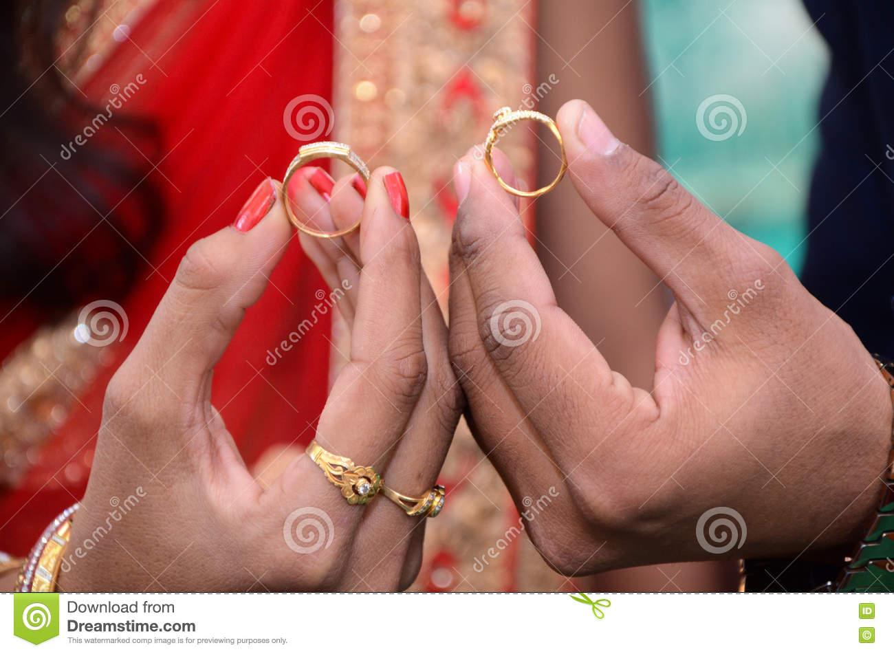 Bride And Groom Hand With Wedding Rings Stock Photo - Image of ...