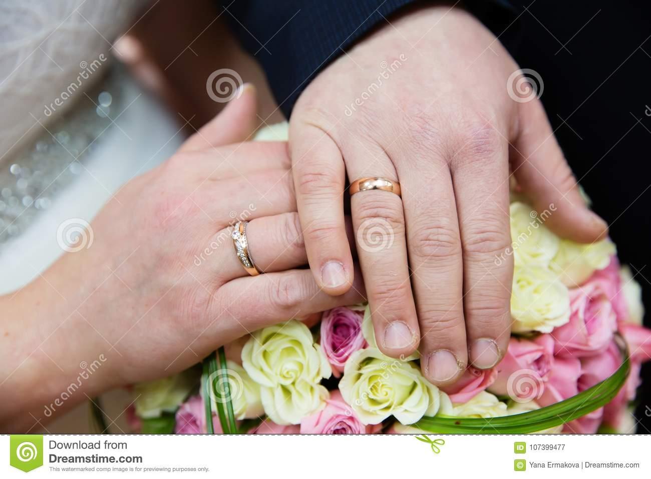 Bride And Groom Hands With Wedding Rings Stock Image - Image of love ...