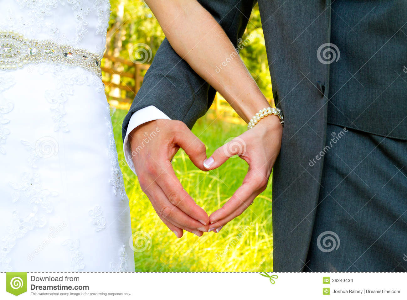 Bride And Groom Heart Shape Hands Stock Images Image