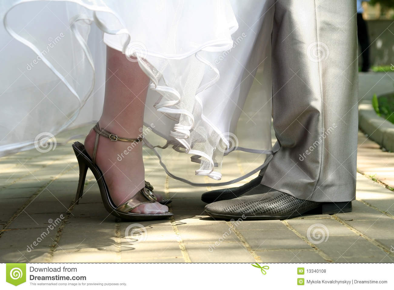 Bride And Groom Legs Royalty Free Stock Photos Image