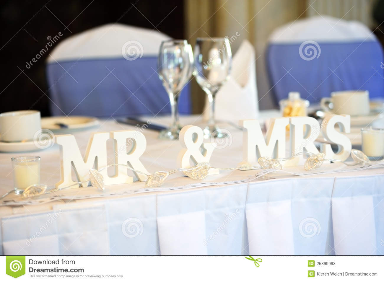 Bride And Groom Top Table Stock Image Image Of Blue 25899993