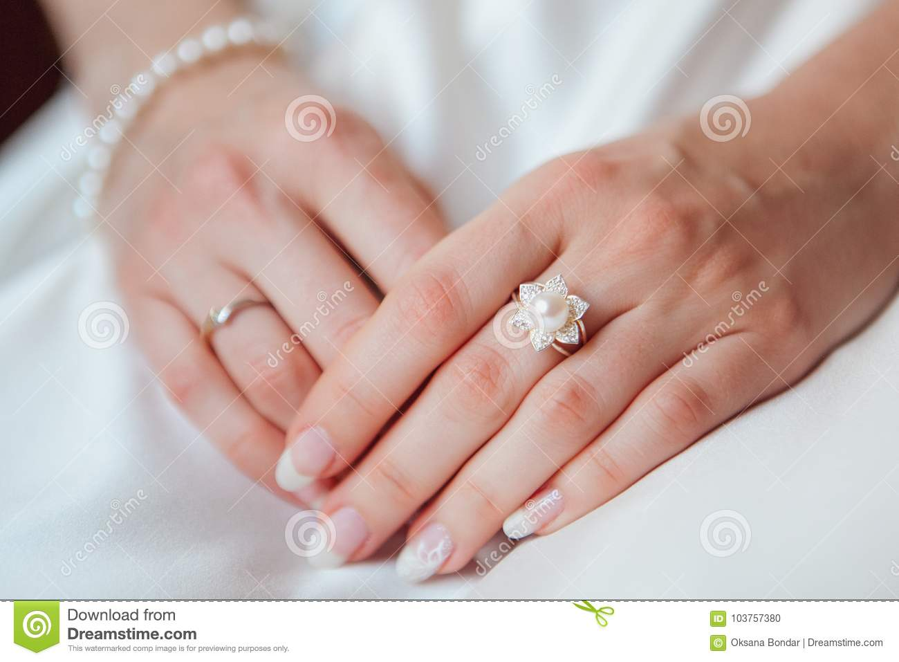 Bride Hand With Diamond Ring On White Dress Stock Photo - Image of ...