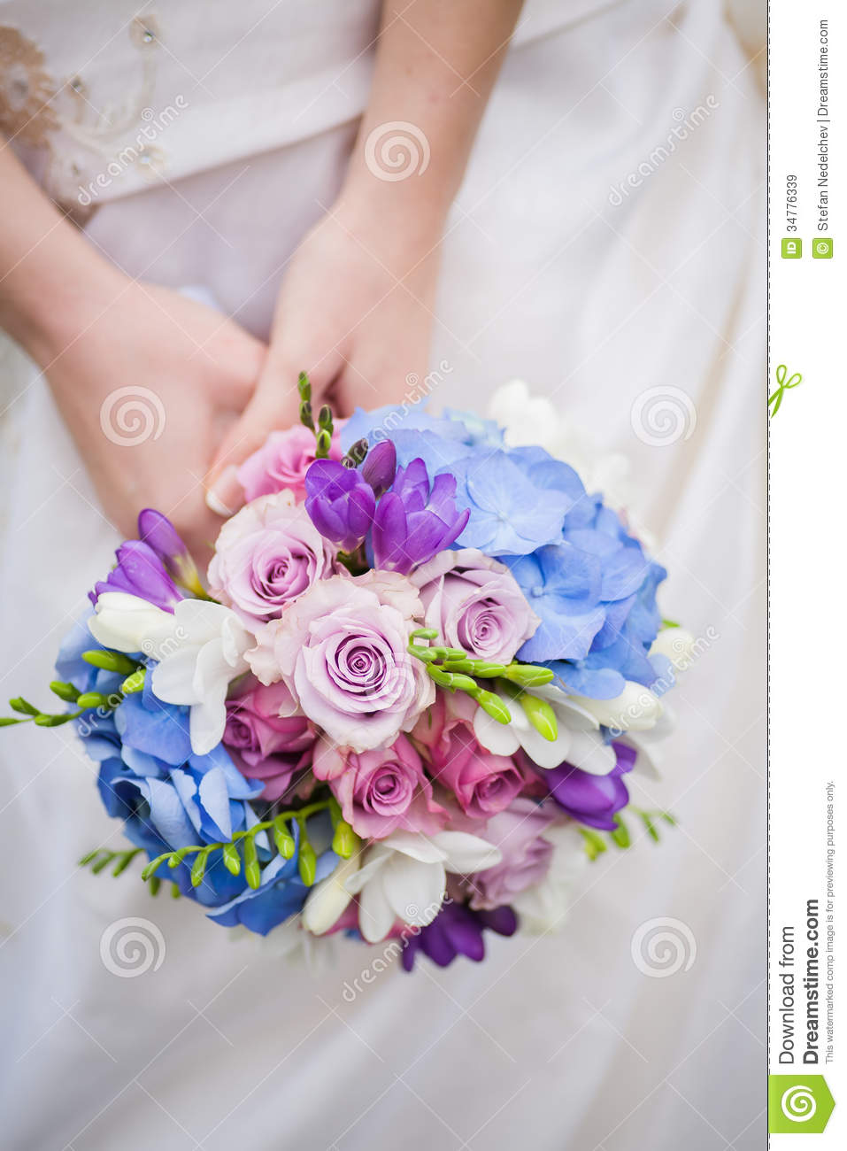 Wedding Bouquet Pink Blue : Bride hold colored blue pink wedding bouquet royalty free