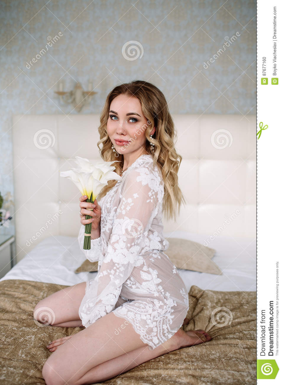Bride`s Morning. Fine Art Wedding. Portrait Of A Young Bride In ...