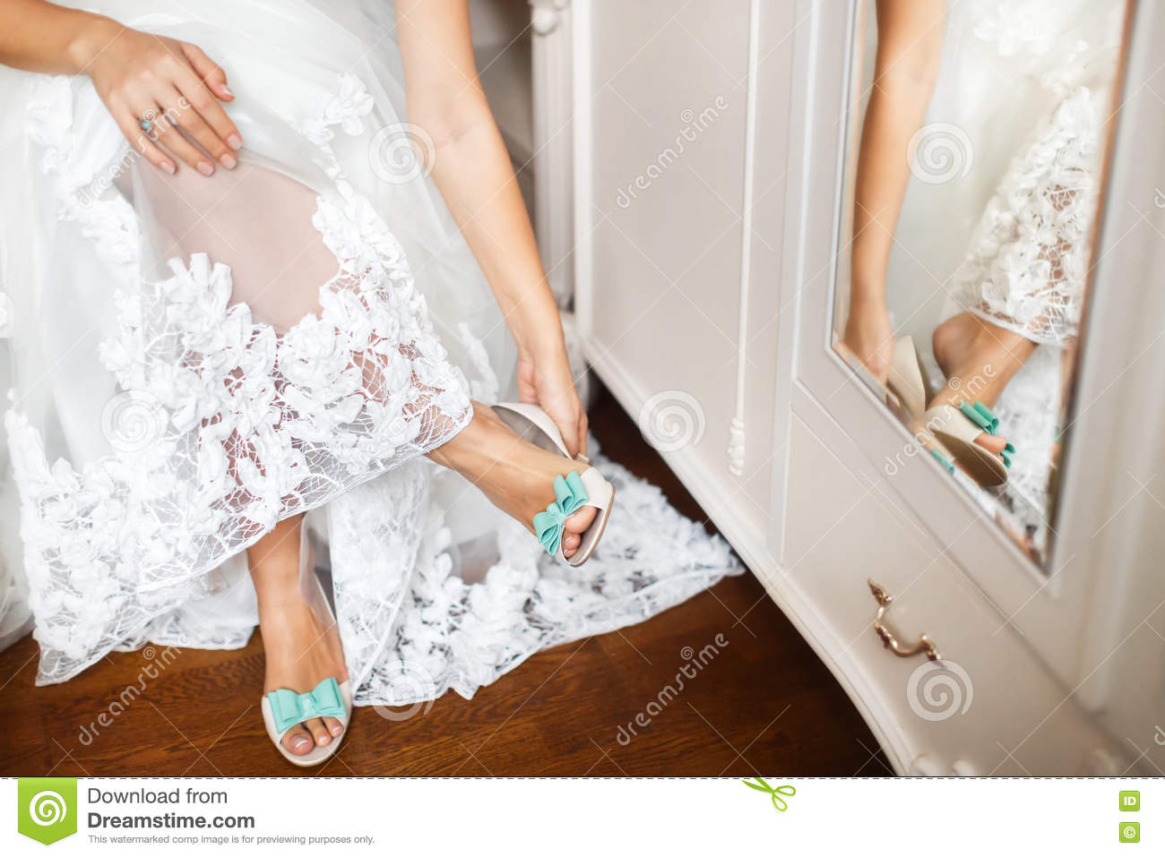 Bride s shoes on wedding day