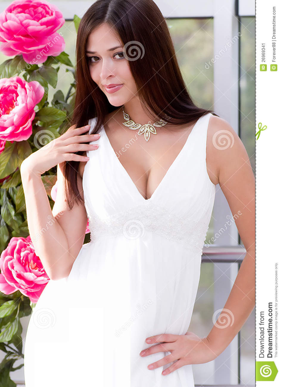 White dress and makeup - Beautiful Bride Dress White