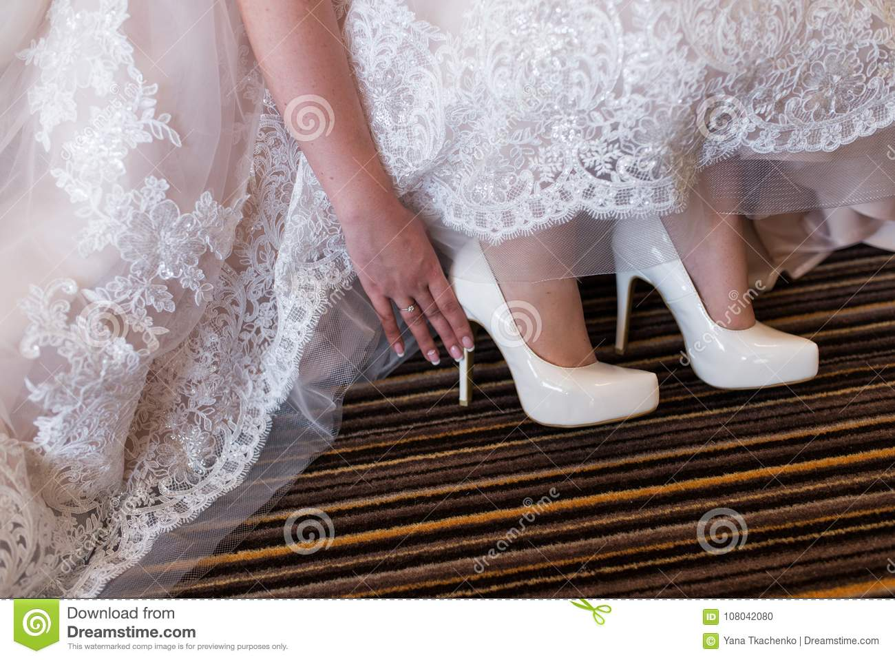 wedding day shoes the touches white wedding shoes wedding day 8973