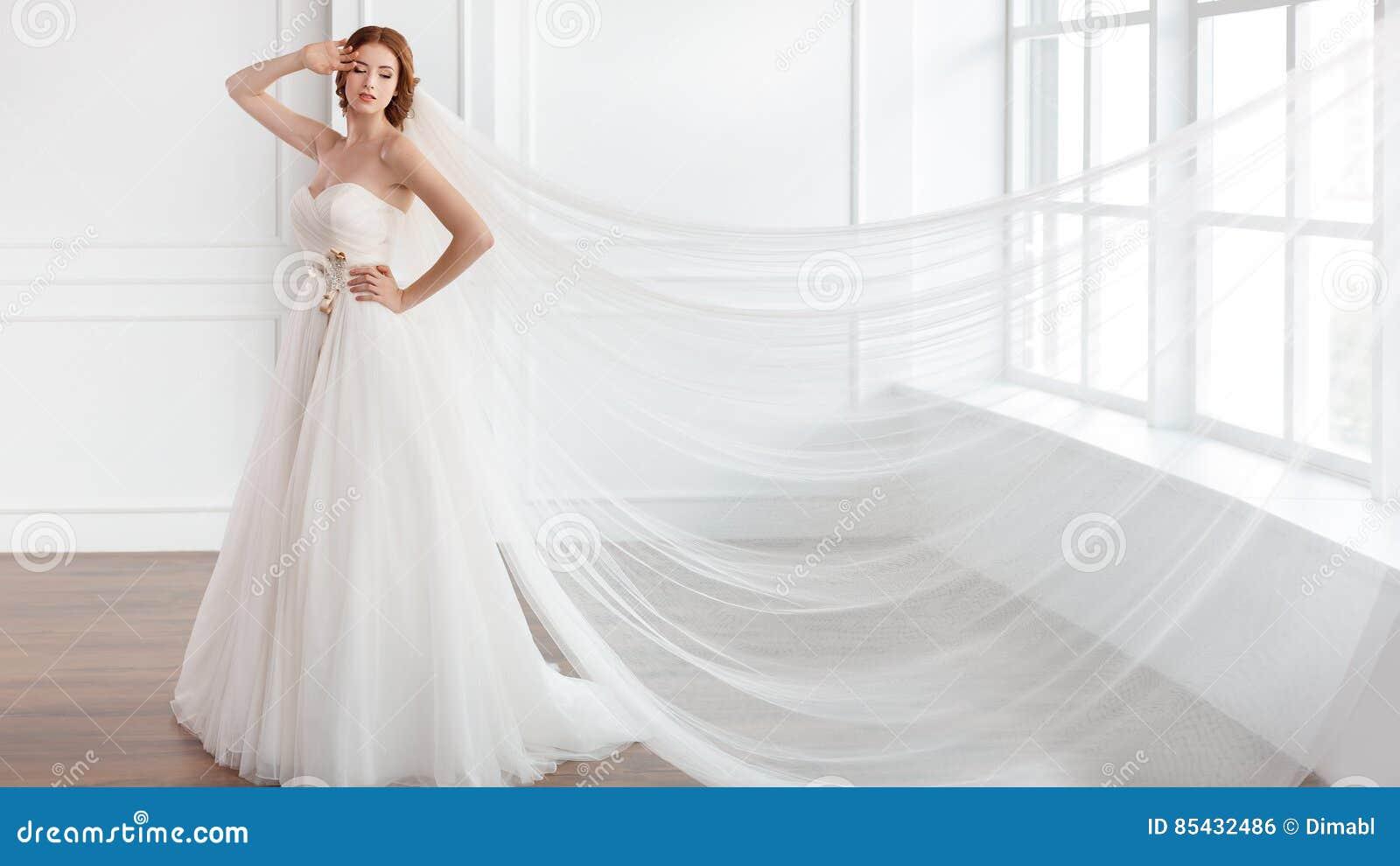 Big Long Train Luxury Real Photos Wedding Dresses Amanda Novias