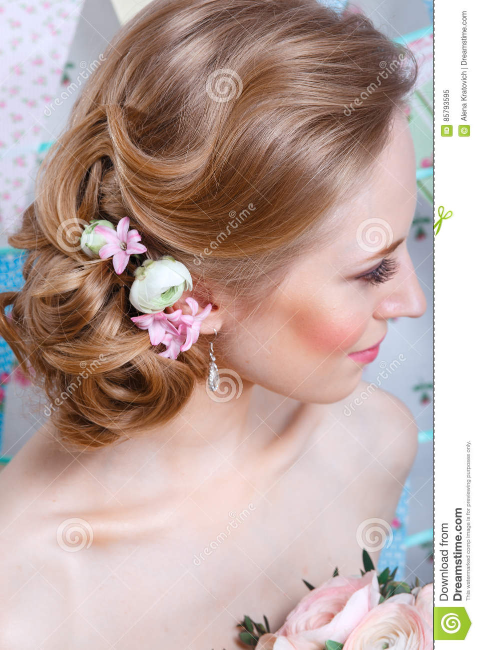 Brideyoung Fashion Model With Make Up Curly Hair Flowers In Hair