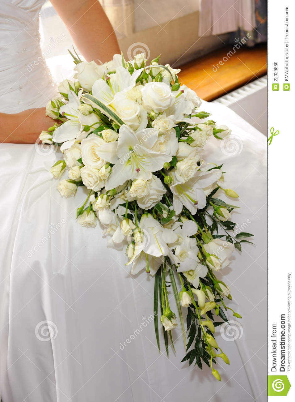 Bouquet Sposa Gigli.Brides White Lilies Stock Photo Image Of Bunch Celebration