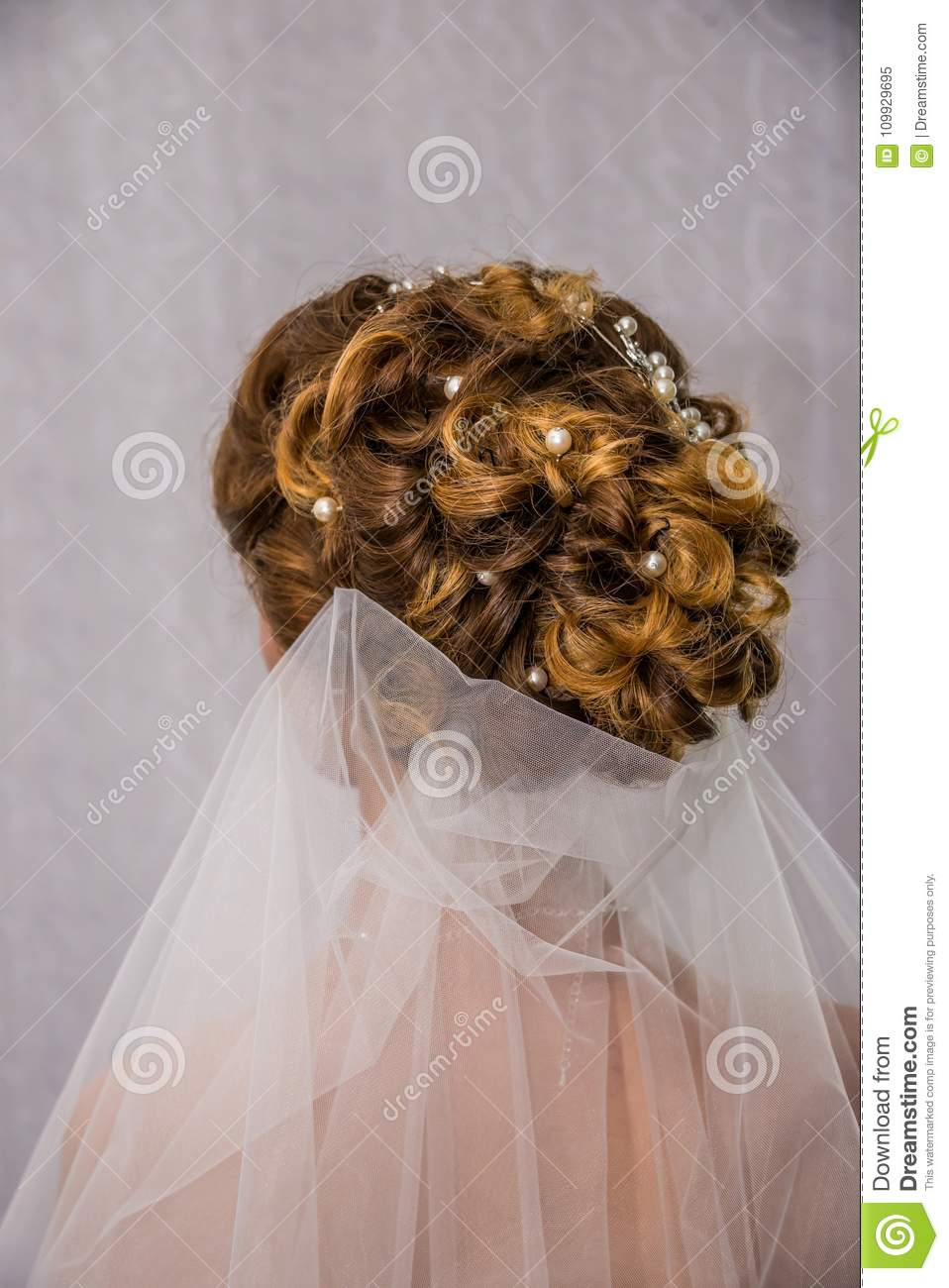Bridesmaid Hairstyle Bride Hairstyle , Wedding Day, Girl Jewelry ...