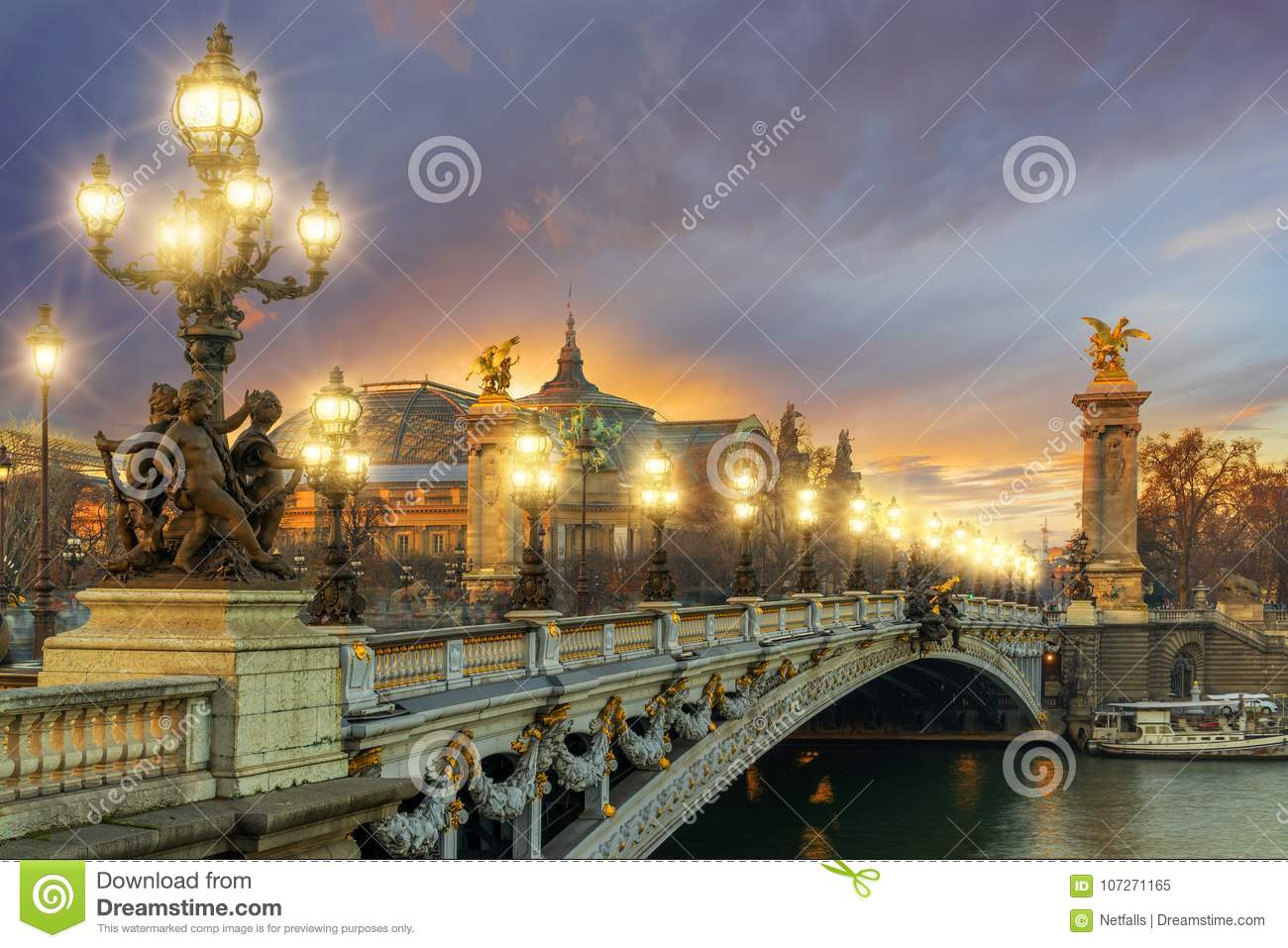 Bridge of the Alexandre III, Paris