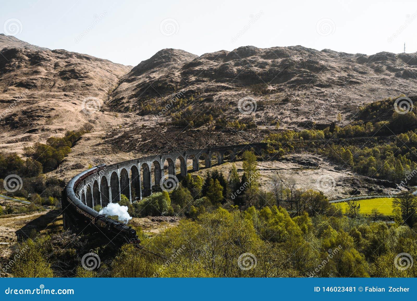 Glenfinnan Viadukt bridge in Scotland