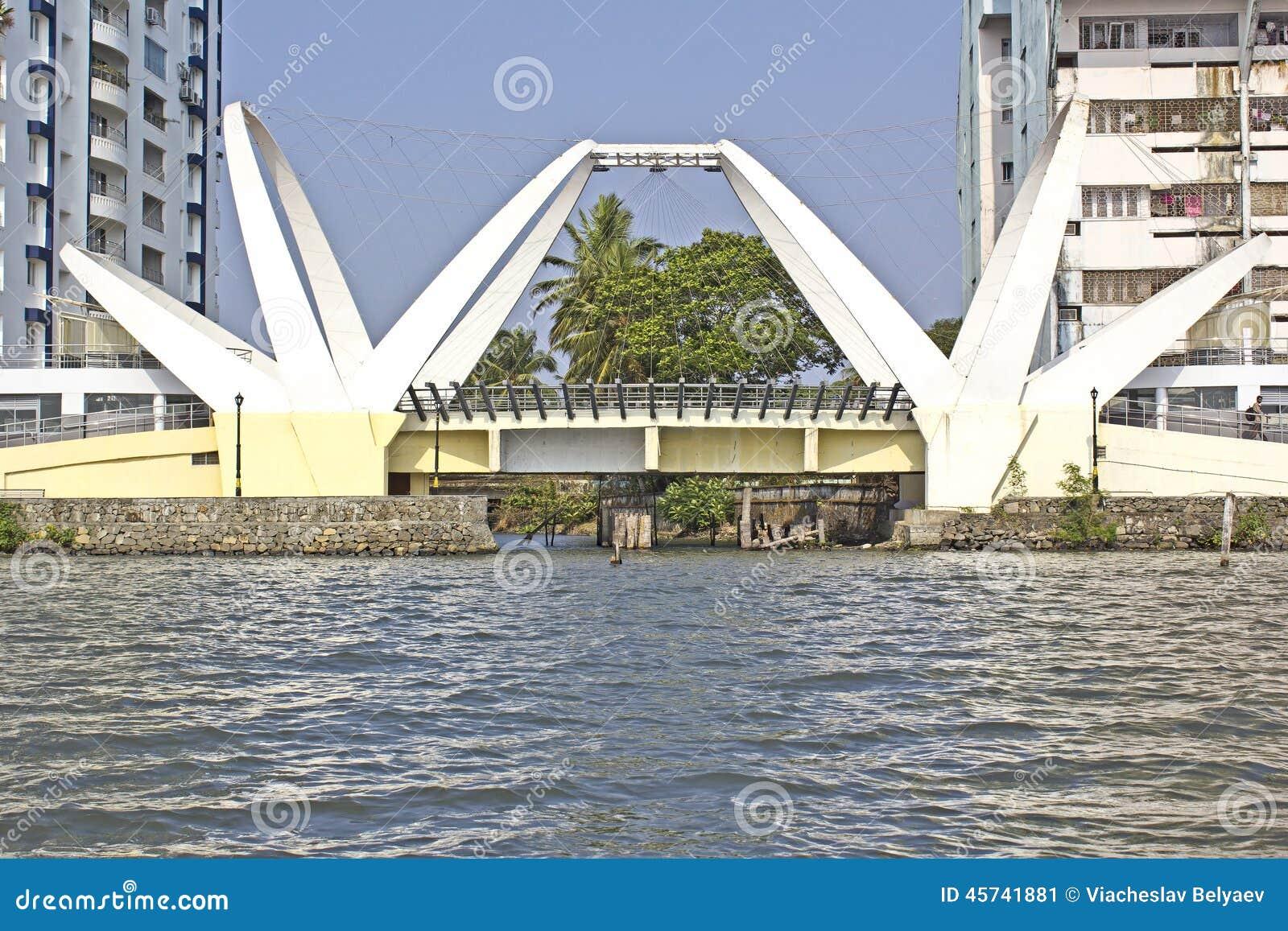 Ernakulam India  city images : ... 2014, ERNAKULAM, KERALA, INDIA Bridge at the Ernakulam embankment