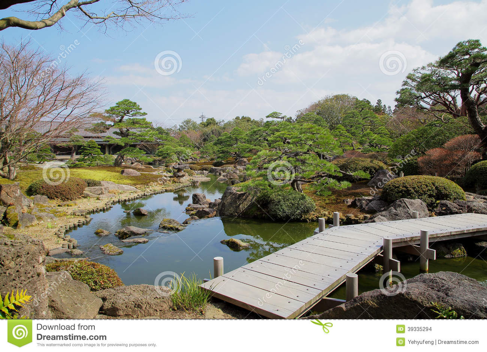 Bridge over pond of japanese garden stock photo image for Garden pond design software free download