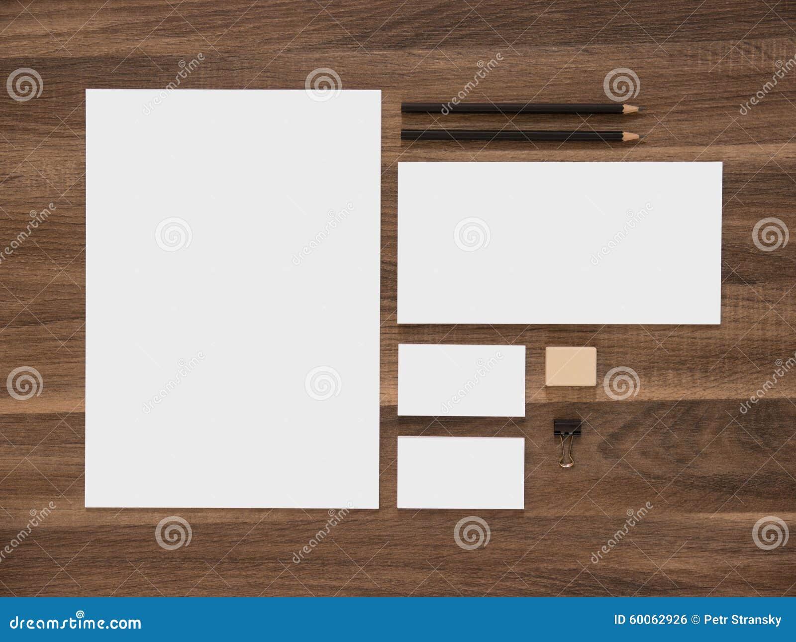 Briefkopf Umschlag Und Leere Visitenkarten An Stockfoto Bild Von