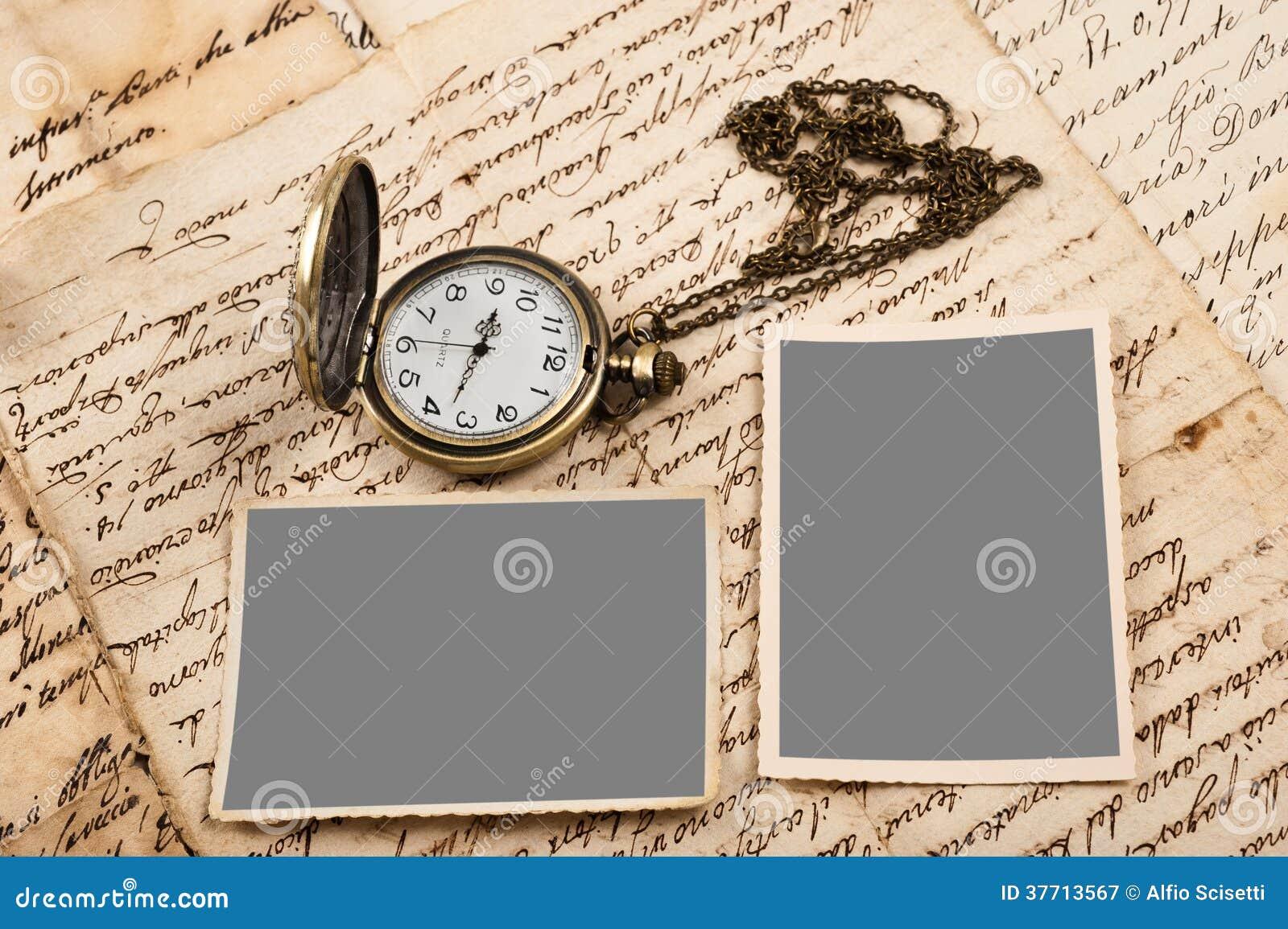Brievenbeelden en horloge