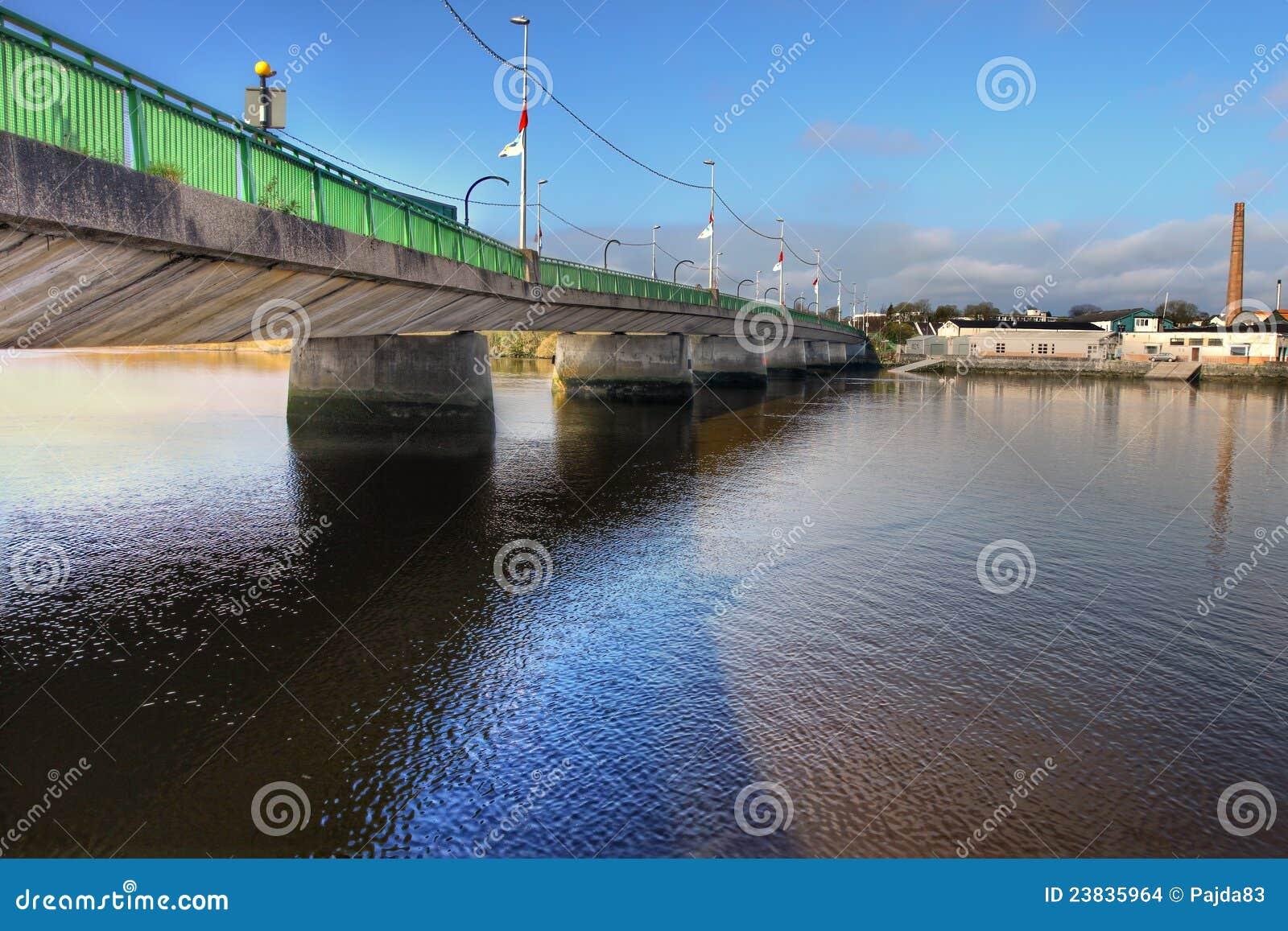 Brigde πεντάστιχο της Ιρλανδίας πόλεων shannon