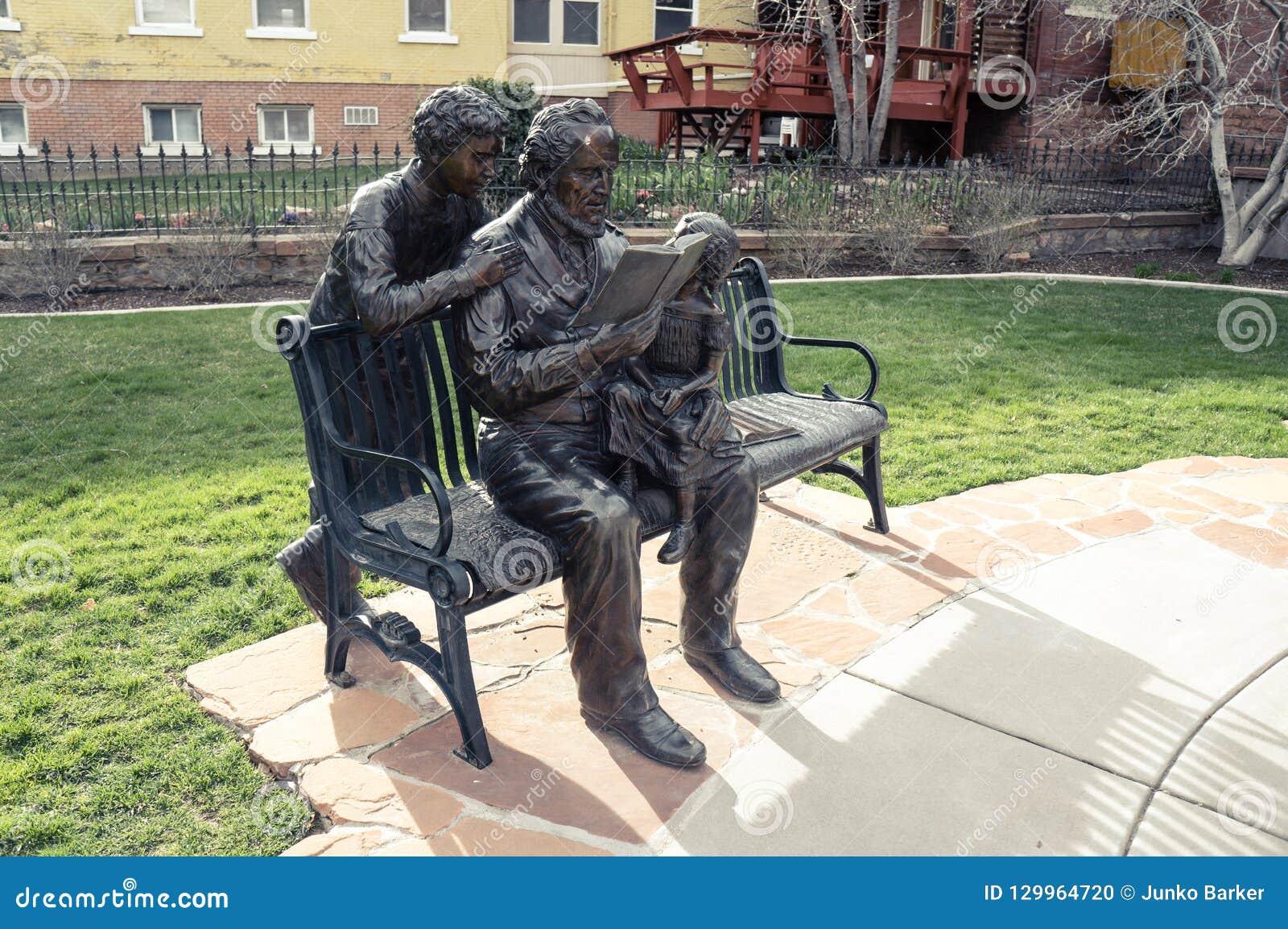 Brigham Young och hans ungestaty, på den banbrytande minnesmärken för mormon, D