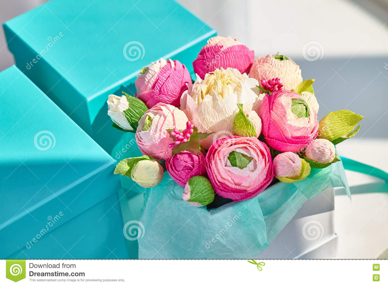 Bright Bouquet Of Paper Flowers In Turquoise Square Box Stock Image