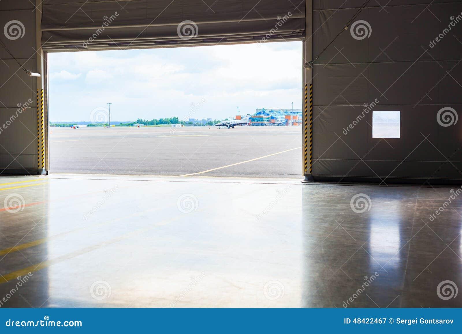 Alfa img showing gt glass hangar doors - Bright Image Number 34 Of Stock Doors