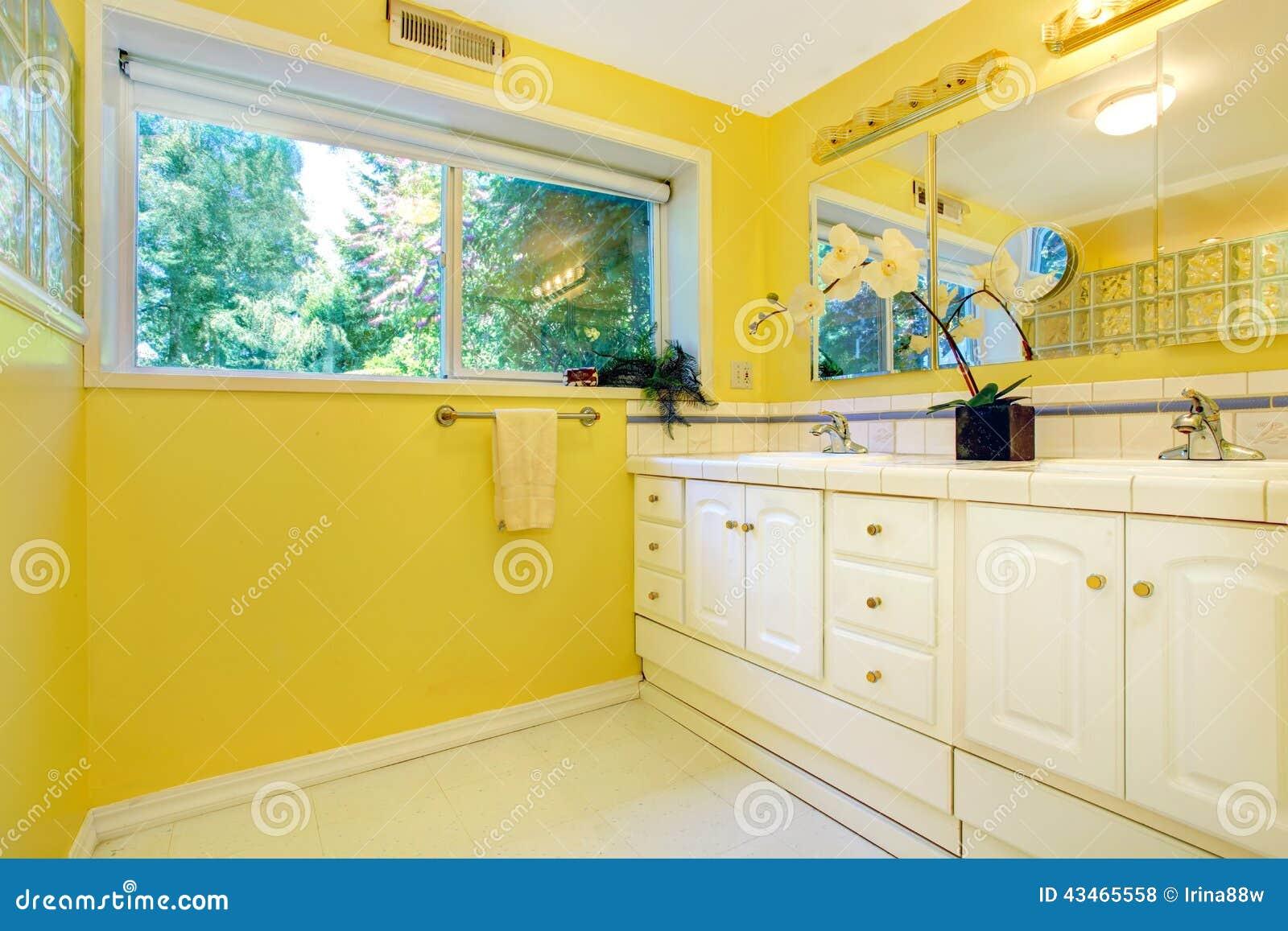 Bright yellow bathroom interior Royalty Free Stock Photos. Bright Yellow Bathroom Interior Stock Photo   Image  47579434