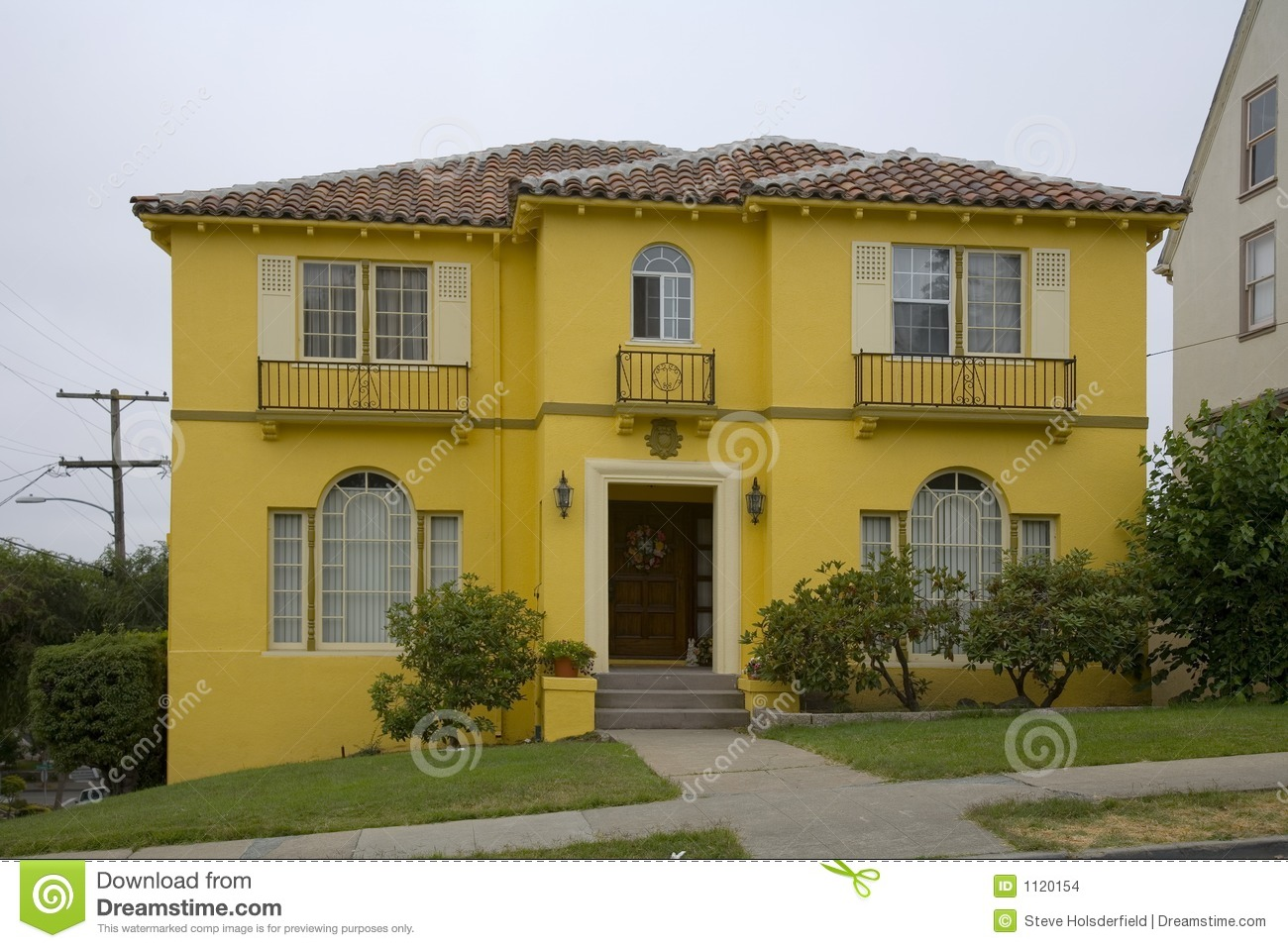 Bright Yellow House Stock Images Image 1120154