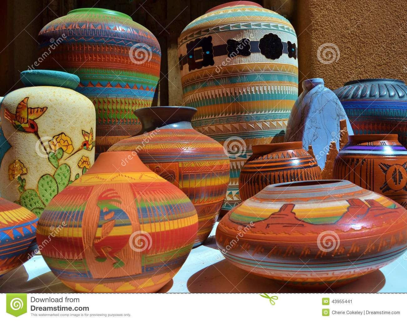 BRIGHTLY COLORED SOUTHWESTERN CERAMIC CLAY POTTERY