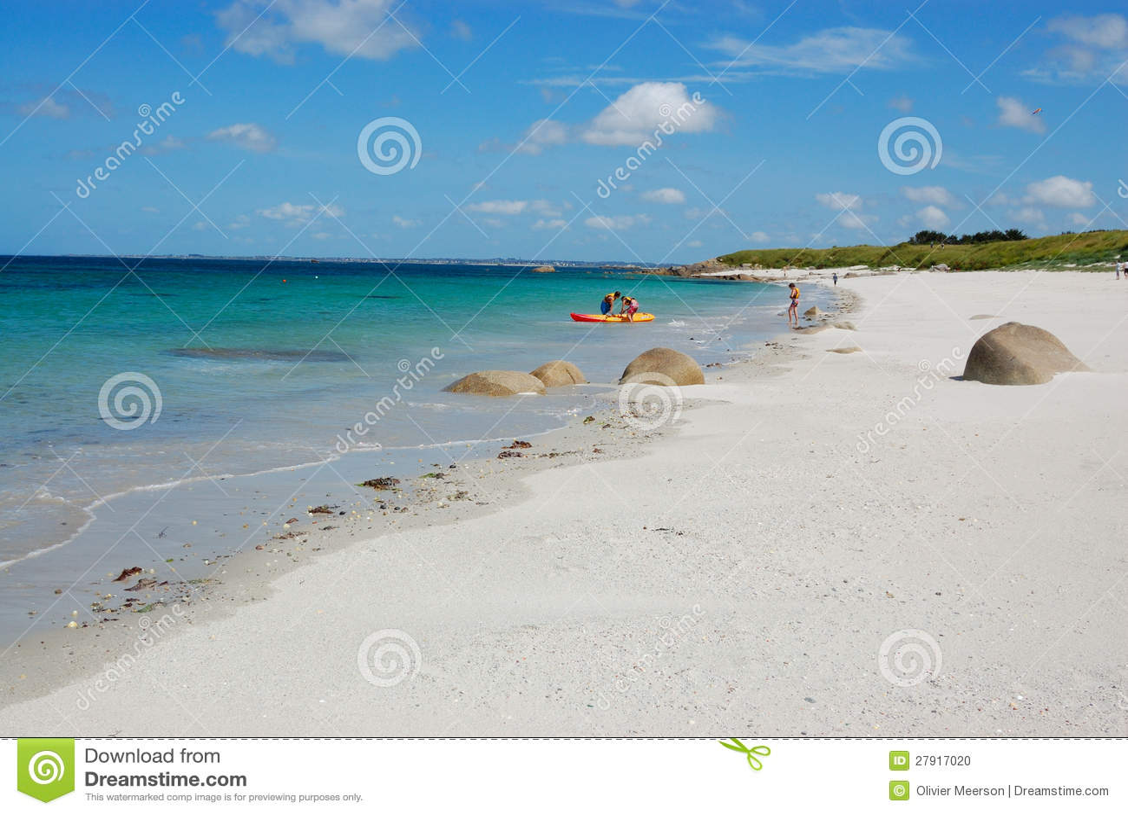 A beginner's guide to Brittany France - Travel Dejavu  |Beach Bretagne France