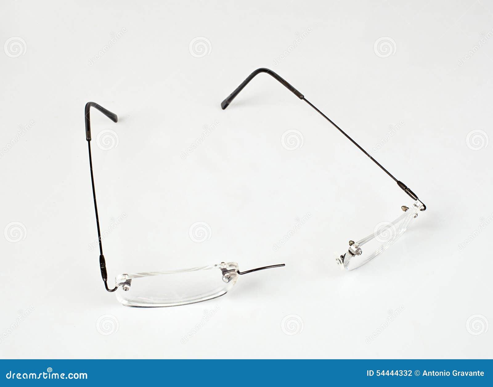 Brillen Mit Dem Leichten Rahmen Gebrochen Stockfoto - Bild von feld ...